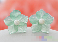 FREE SHIPPING>>> free shipping 00399 green jade flower pearl stud earring