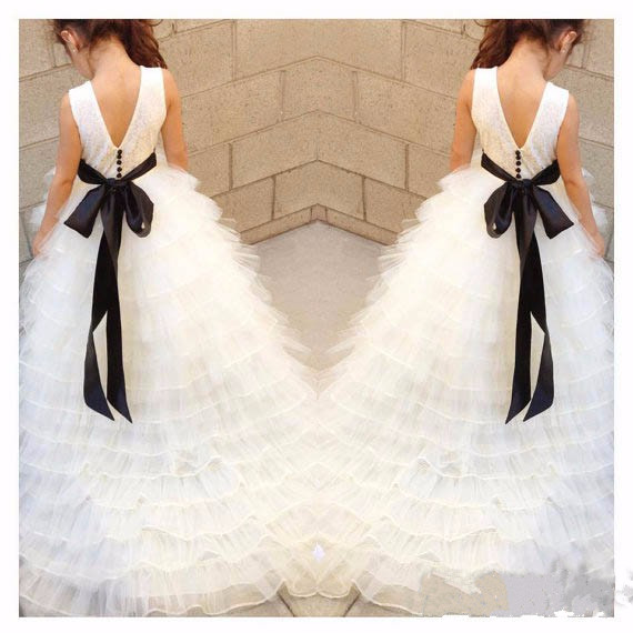 White lace flower girl dresses for wedding tiered junior ball gowns with bow train custom made