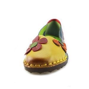 Image 3 - BEYARNE Summer Autumn Fashion Flower Design Round Toe Mix Color Flat Shoes Vintage Genuine Leather Women Flats Girl Loafer