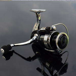 Image 2 - Deshion 13+1BB Black Stainless Steel Spinning Fishing Reel 1000 6000 Series Saltwater Casting Fishing Coil Spinning Reels
