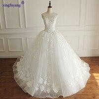 Luxury Vestidos De Novia Baratos Con Envio Gratis Scalloped Neck Lace Flowers Wedding Gowns 2017 Train