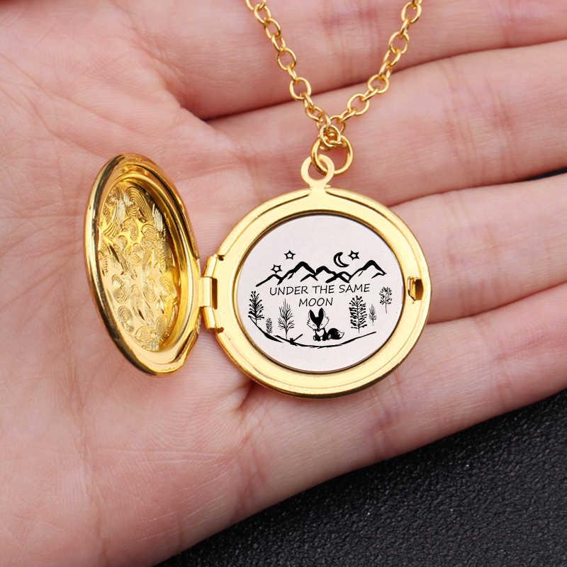 Милые лисы под той же луной Выгравированы Медальон ожерелье на расстоянии Любовь подарки День Святого Валентина подарок женский свитер ожерелье