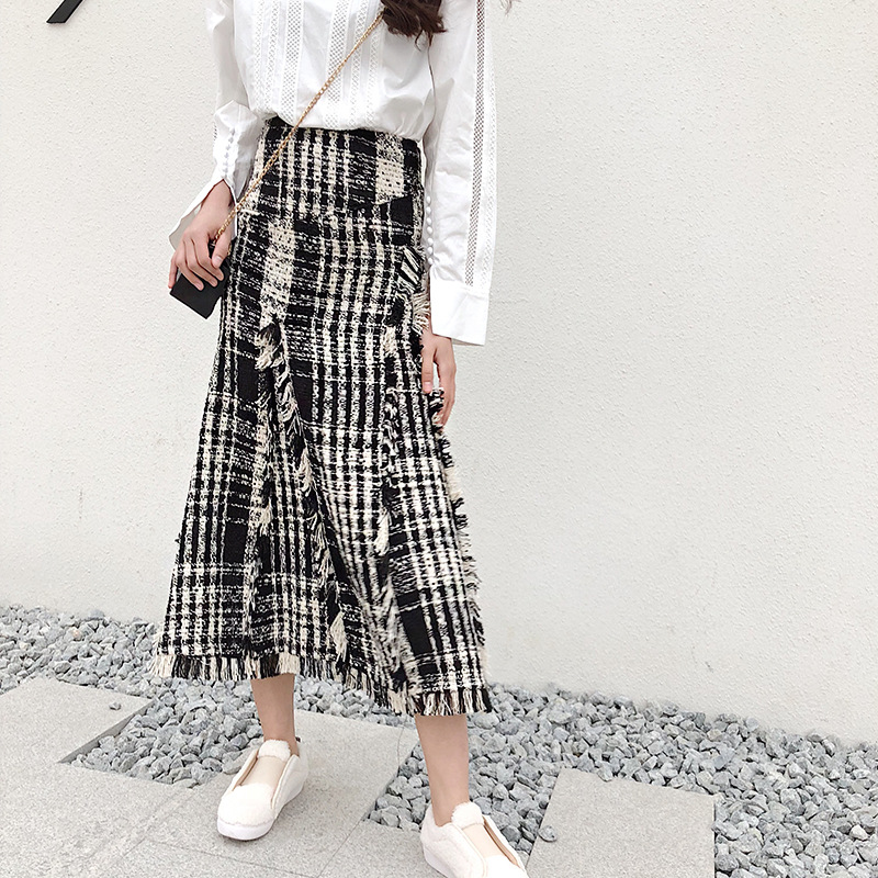 LONG SKIRTS WOMEN GIRL SKIRT 2018 show thin tweed grid show legs long qiu dong irregular knitted long restoring ancient ways-in Skirts from Women's Clothing