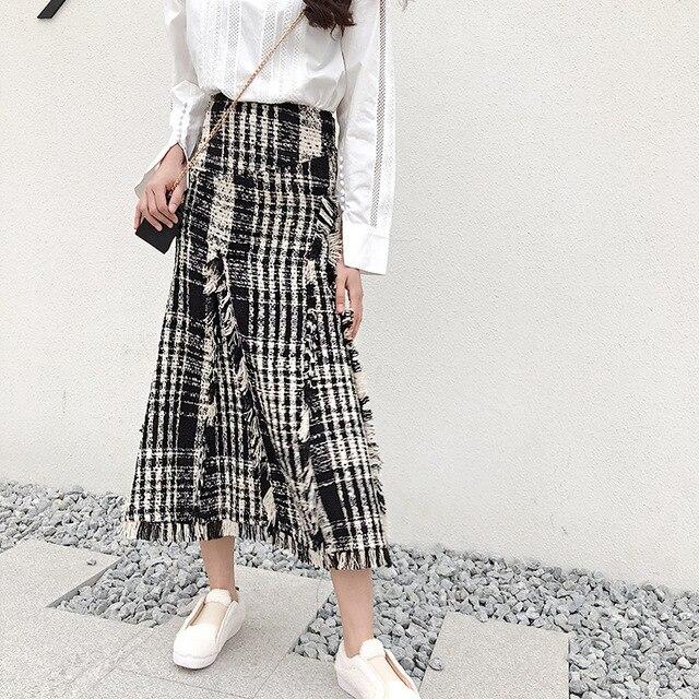 LONG SKIRTS WOMEN GIRL SKIRT 2018 show thin tweed grid show legs long qiu dong irregular knitted long restoring ancient ways