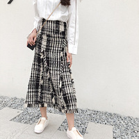LONG SKIRTS WOMEN GIRL SKIRT 2018 show thin tweed grid show legs long qiu dong irregular knitted long restoring ancient ways