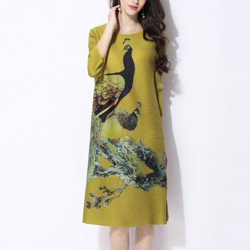 2018 lente Nieuwe gedrukt jurken Vintage Miyak Geplooide Ontwerp Losse Grote maat 3/4 mouw Vrouwelijke knielange jurk D34790-in Jurken van Dames Kleding op  Groep 1