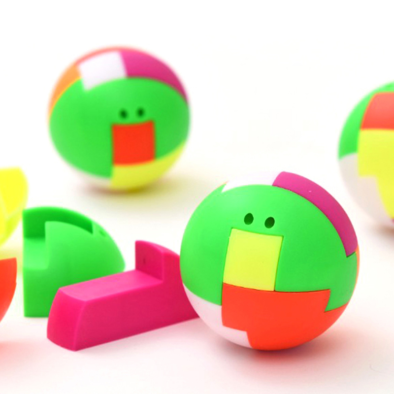 2Pcs Creative Ball Puzzle Cube Capsule Pinata Intelligence Assembling Ball Pendant Birthday Favors Game Toys For Children