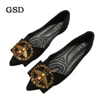 New Suede Big Size Flats Designer Rivet Woman Flat Shoes Elegant Comfortable Lady Fashion Rhinestone Women Soft Bees Shoes