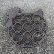 Cast Iron Chicken Egg Holder (Brown)