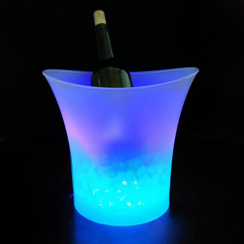 Smad 5L Colorful Plastic Wine Cooler Waterproof LED Ice Bucket Tongs Eco-Friendly Beverage Ice Cooler for Bars Nightclubs smad 2qt practical ice bucket octagon design wine cooler bar party chiller portable mini dualrable champagne ice can keeper