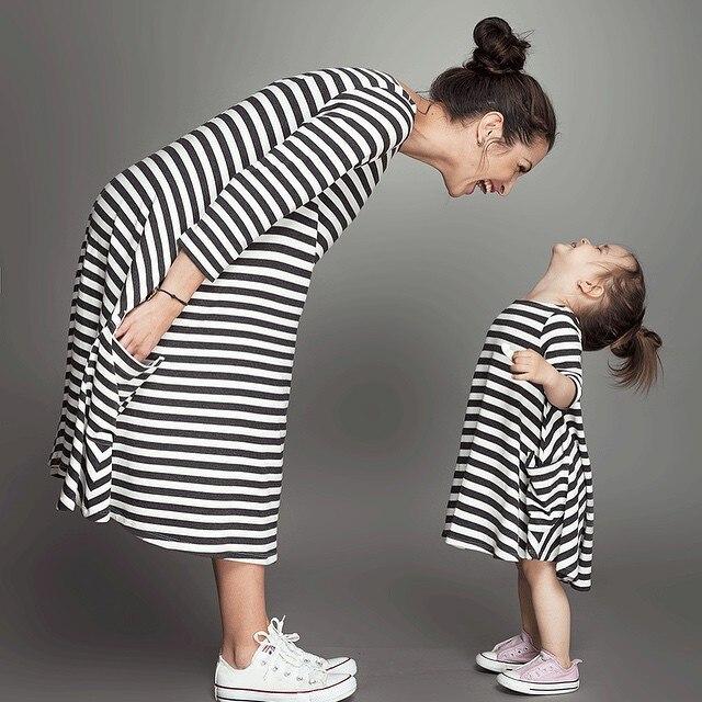 2017 Hot Proljeće Jesen Crno-bijela prugasta haljina Djeca haljine - Dječja odjeća