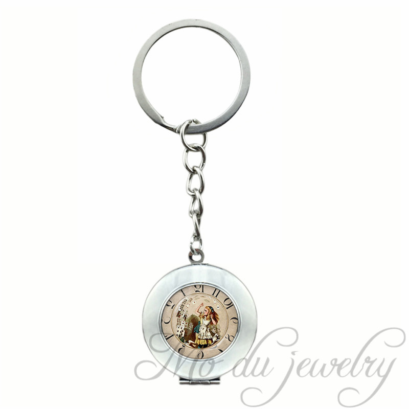 Locket Pendant Alice in wonderland Adventures Key Chain Ring Poker Kingdom Fairy Tale Charms Keychain Rhodium Plated Key Ring
