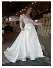 Женское свадебное платье в стиле бохо белое кружевное с v образным