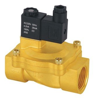 Free Shipping 5pcs A Lot 3/4'' Pilot Operated Solenoid Valve 2 Way Brass Valve 2V250 20 Air Oil Water Standard Voltages