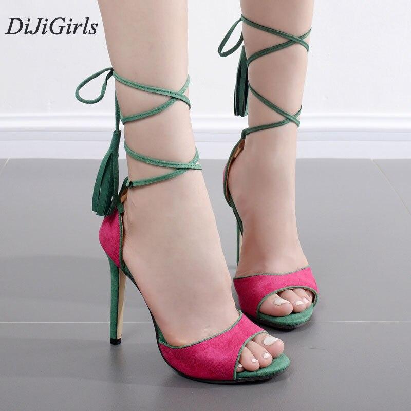 Женские ножки на сексуальных босоножках фото смотреть онлайн фото 175-672