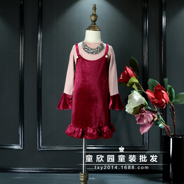2017 Korean version of spring models cotton thread horn sleeve shirt + velvet pearl girls Dress Set 2