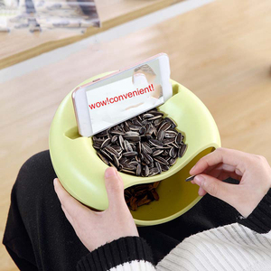 Image 2 - Creative צורת פלסטיק פירות צלחת חטיפי אגוז זרעי אבטיח קערת שכבה כפולה פלסטיק ממתקי צלחת קליפות עם טלפון מחזיק עבור טלוויזיה