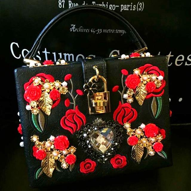 Luxurious heart-shaped diamond pearl rose embroidery design fashion party handbag totes ladies shoulder bag messenger bag purse