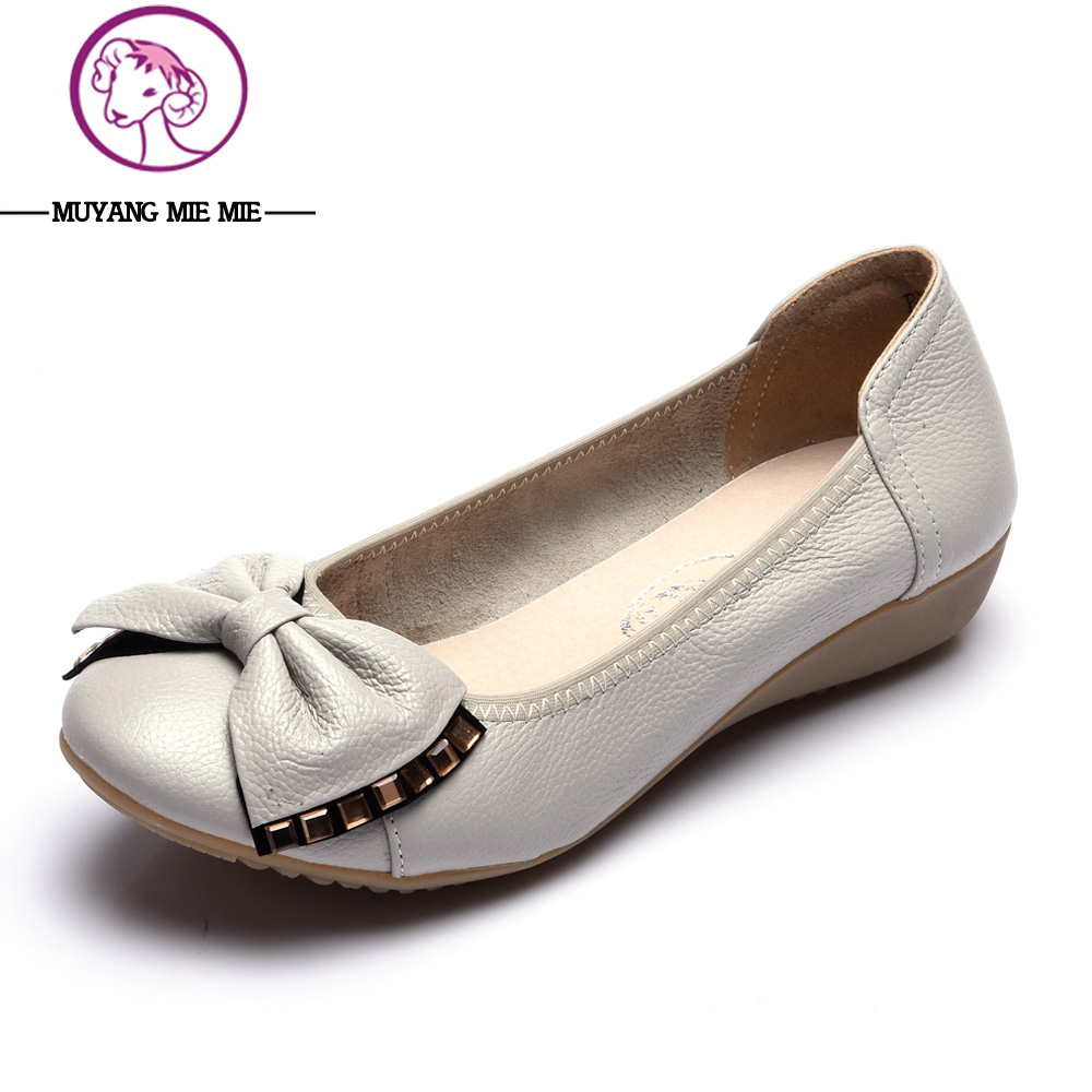 Plus size 34-43 new 2017 women genuine leather shoes female spring autumn casual flat-heeled shoes bowtie fashion women flats plus size 34 43 new platform flat shoes woman spring summer sweet casual women flats bowtie ladies party wedding shoes