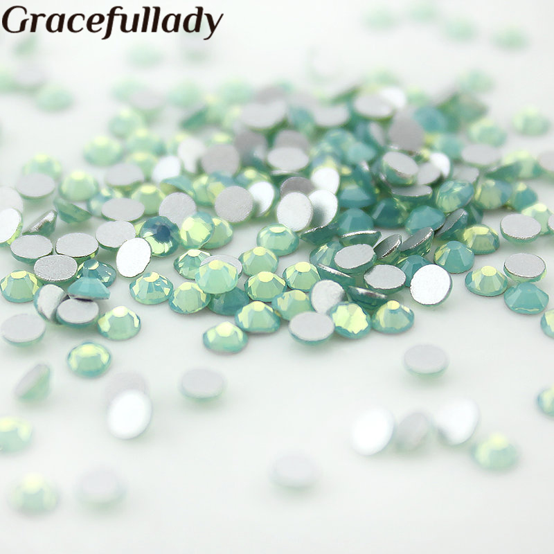 Rhinestones SS3-SS12 Crystal Green Opal Decorations for 3d Nail Art, Flat Back Non Hotfix Glue on 3D Nail Art купить