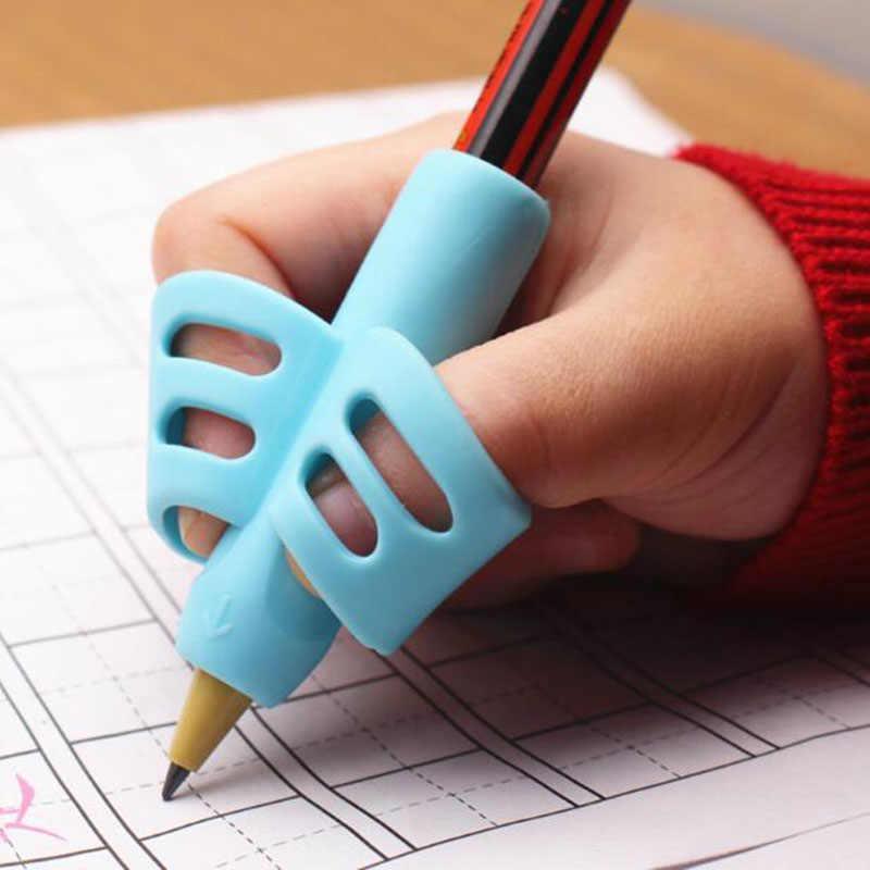 Soporte de lápiz de dos dedos silicona bebé aprendizaje escritura herramienta de corrección dispositivo lápiz conjunto de papelería 3 piezas regalo 2 pieza de pescado