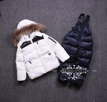 2 шт. 2016 зимой дети белая утка вниз костюмы с капюшоном пальто с меховым воротником + хлопок нагрудник брюки набор детей комбинезоны пиджаки
