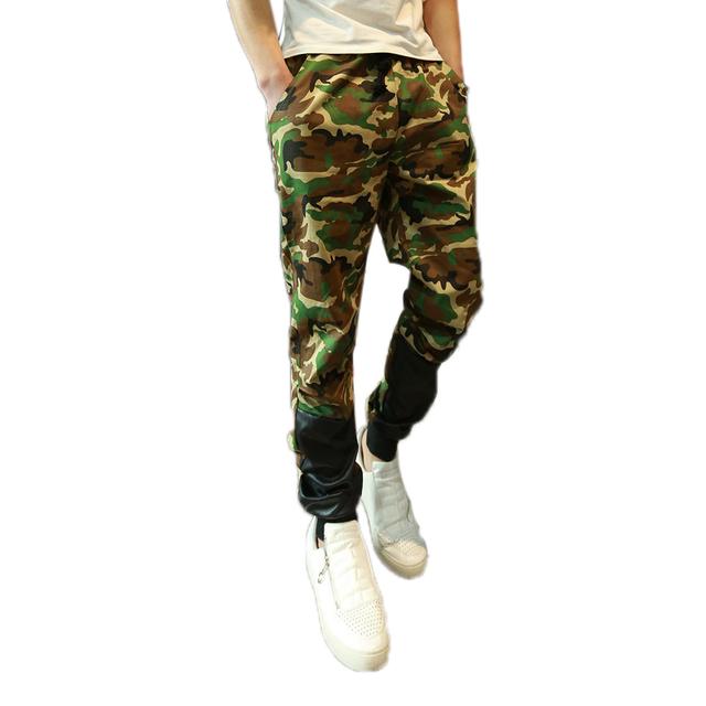 Hombres flacos pantalones de camuflaje del ejército moda basculador entrepierna Patchwork pantalones harén hombres entrepierna camuflaje pantalones Cargo hombres