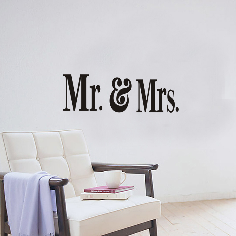2017 New Coming Wedding Room Sticker Mr And Mrs Bedroom Decoration Vinyl Wall Stickers Diy Sweet