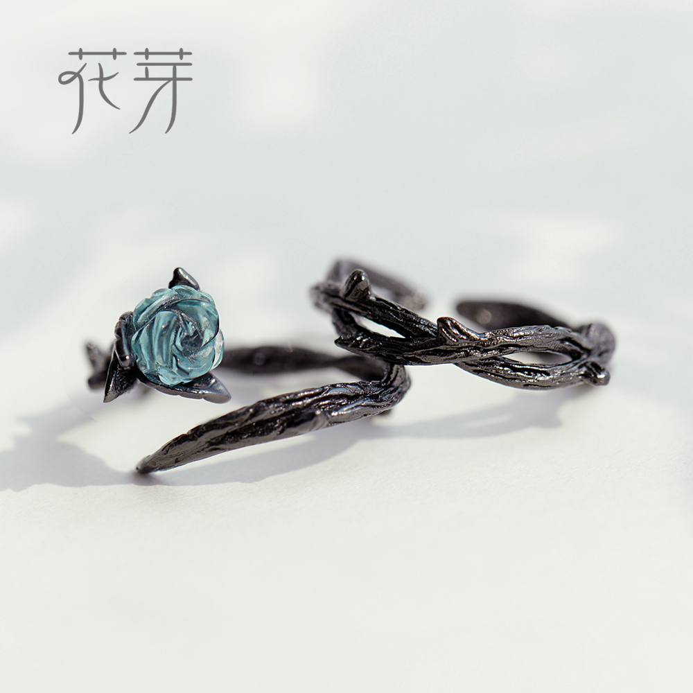 Thaya Thorns Rose Design s925 Silver Rings Blue Rose Flower Crystal Finger Rings Knot Black Plant Jewelry Ladies Ring for Women