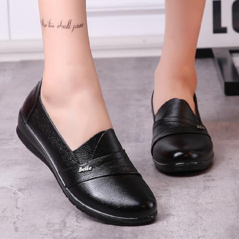 Plat En Chaussures Nouvelle Et D'âge Casual Non Black Cuir Mode De Doux Femmes slip Véritable Maman Fond Moyen Automne Printemps Zzpohe zqwnxWFFT