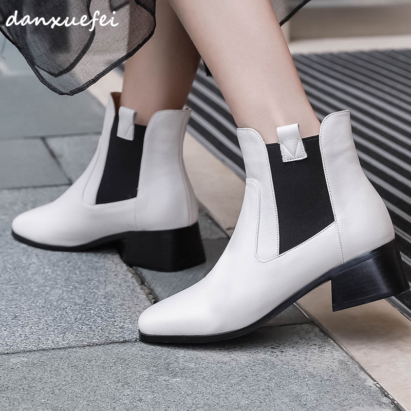 Size 33-40 Womens Autumn Ankle Boots Genuine Leather Low Heel Chelsea Boots Slip-on Leisure Comfortable Shrot Booties Shoes HotSize 33-40 Womens Autumn Ankle Boots Genuine Leather Low Heel Chelsea Boots Slip-on Leisure Comfortable Shrot Booties Shoes Hot
