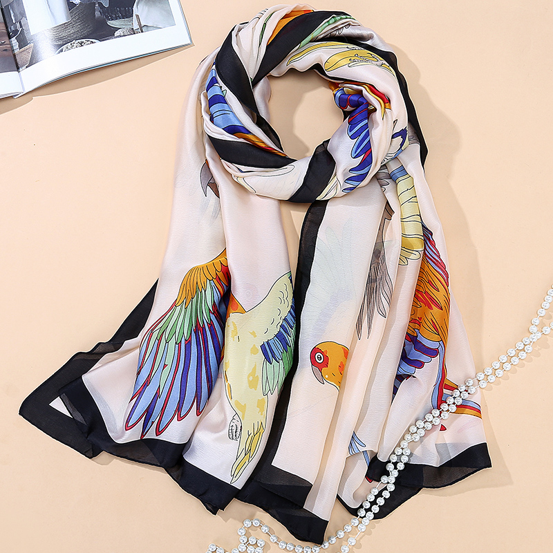 Fashion bandana 2017 100% Silk Scarf Luxury Women Brand Scarves for Women Shawl High Quality Birds Beach Cover-up Cape SK019
