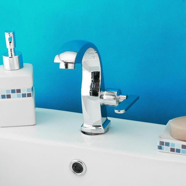 New Chrome Finish Single Lever Home Bathroom Basin Faucet Spout Sink Cold Water Tap Kitchen Faucet Mixer Tap