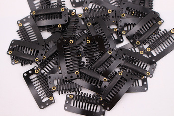 цены 50 pcs 32mm 9-teeth Hair Extension Clips Snap Metal Clips With Silicone Back For Clip in Human Hair Extensions Wig Comb Clips
