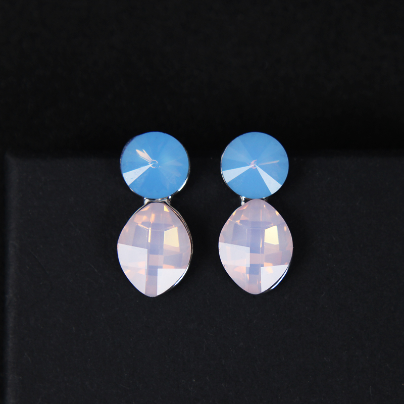 High Quality Crystal Jewelry Earrings White Gold Color Fashion Acessories Wedding or Bridal Earrings Drop Earrings For Brides