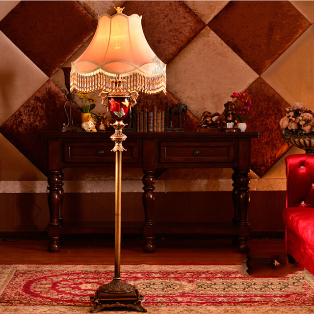 Clical Past Style Fabric Lampshade Iron Floor Lamps Bulb