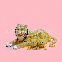 European Painting Crafts Metal Crafts Mother And Child Tiger Desktop Decoration Home Ornaments Gift A442
