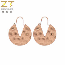 2018 Korea Women's Hot Fashion Vintage Retro Ancient Gold Color Earrings Geometric Round V Word Drop Earrings For Women Jewelry(China)
