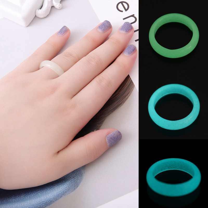 1Pcs ไม่ค่อย 2 ขนาดธรรมชาติ Fluorite Luminous หินเรืองแสงใน Dark แหวนเครื่องประดับขายส่ง
