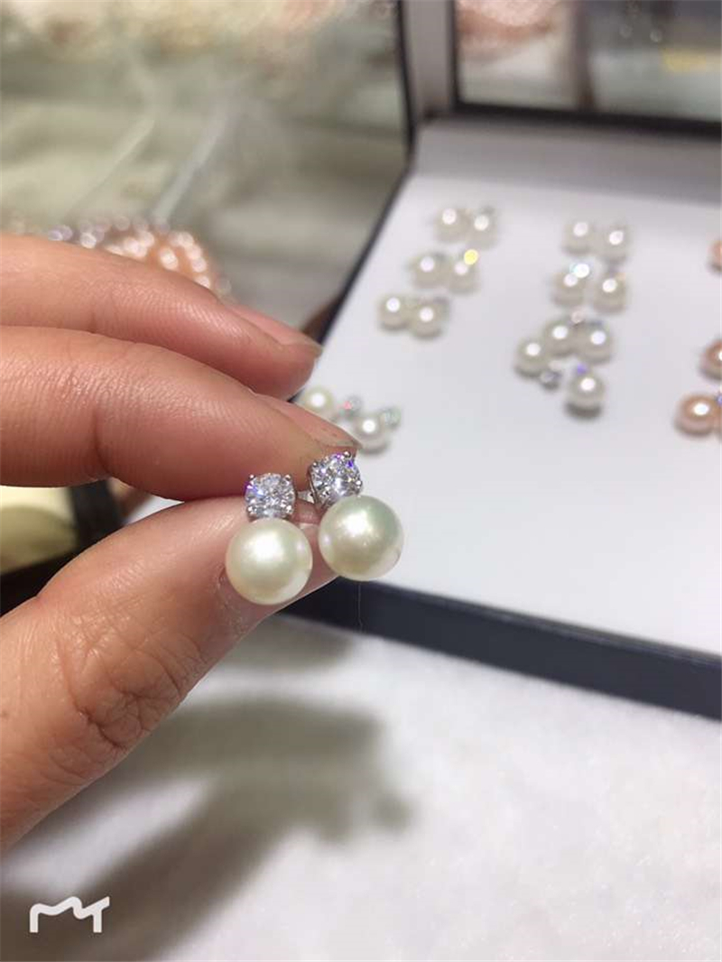 925 Sterling Silver Classic Princess Style Bead Diameter 8mm Natural Pearls Earrings