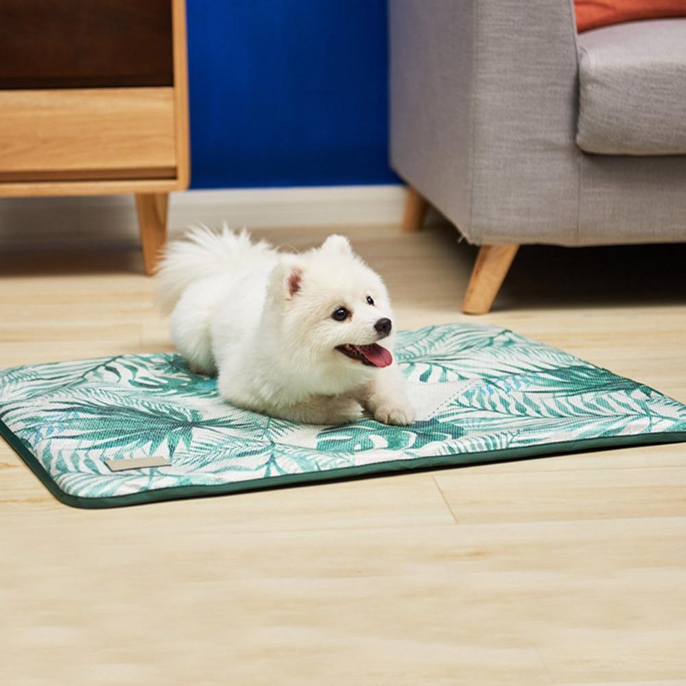 4 size ice silk pet dog summer cooling mat cat dogs floor mats blanket sleeping bed cushion cold. Black Bedroom Furniture Sets. Home Design Ideas