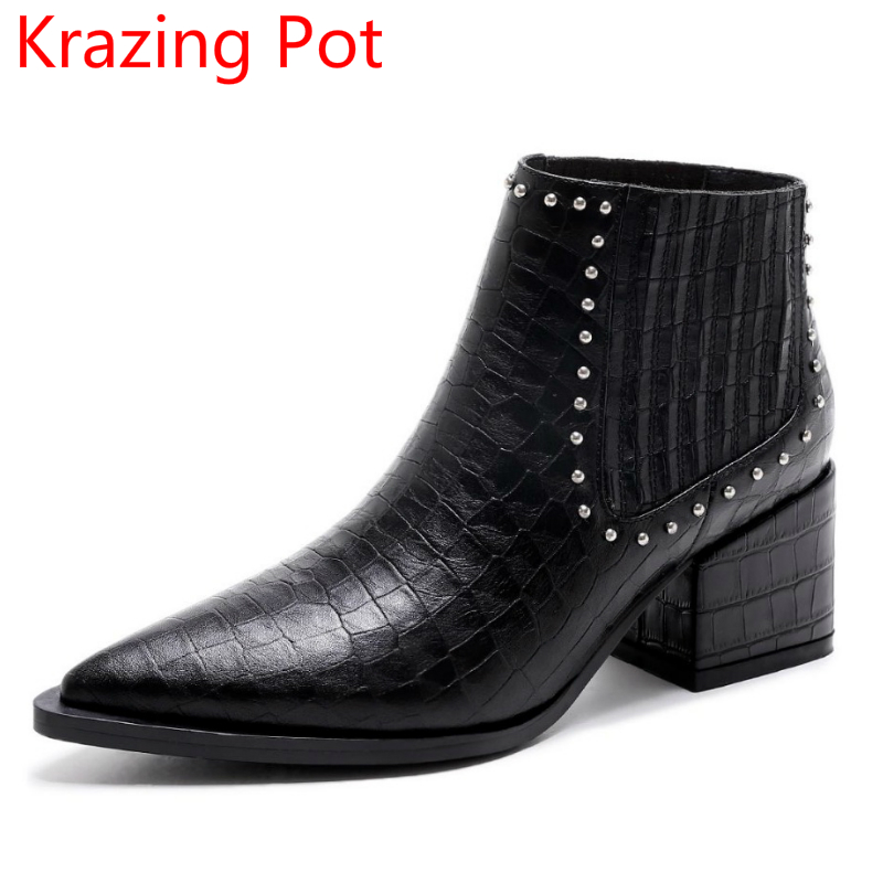 Genuine Leather Pointed Toe Rivets Fashion Winter Shoes Motorcycle Boots Thick Heel Chelsea Boots Runway Women Ankle Boots L88  new arrival genuine leather pointed toe fashion winter boots rivets thick heel slip on chelsea boots handmade ankle boots l93
