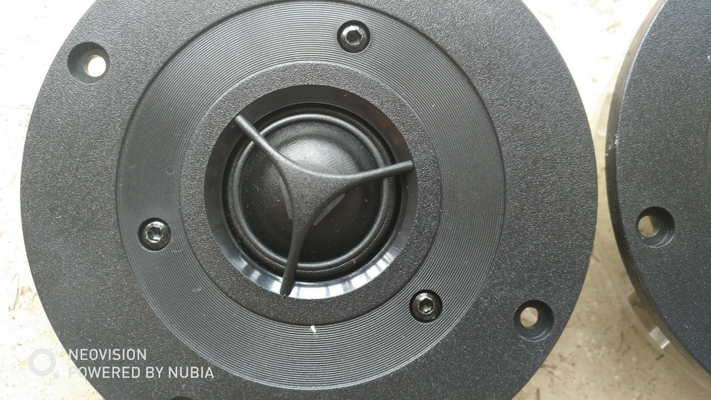 2pcs Melo David ( Vifa Made New Old Stock  )25mm 1inch Silk Dome  HIFI Audio Tweeter Speaker