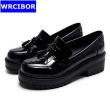 Women platform shoes Oxford Shoes Woman Flats 2017 Fashion tassel British style Vintage Brogue Oxfords women shoes moccasins