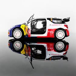 Литая металлическая модель игрушки 1:26 DS3 WRC звуковой свет оттяните назад гоночный автомобиль для коллекции