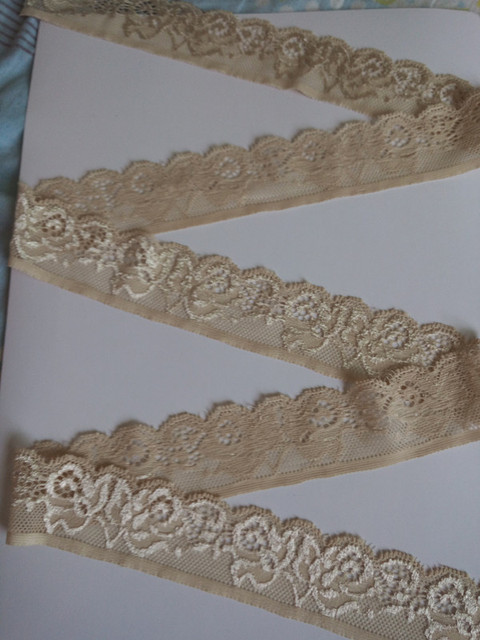 Dentelle décorative brodée extensible 10yards | Ruban de haute qualité, accessoires pour vêtements de mariage, large 35mm, vente en gros