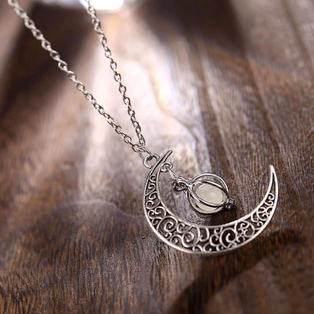 Vienkim Neo-Gothic Luminous Pendant Necklace Women Charm Moon In The Dark Glowing Stone Necklaces For Jewelry Christmas Gifts 7