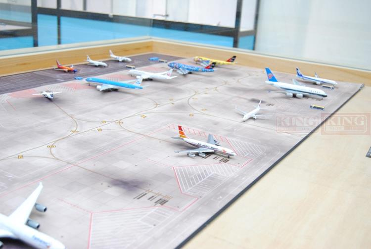 Seckill: inSky001 airport plan drawings 15 seat apron 140cmX80cm commercial jetliners plane model hobby sale phoenix 11221 china southern airlines skyteam china b777 300er no 1 400 commercial jetliners plane model hobby