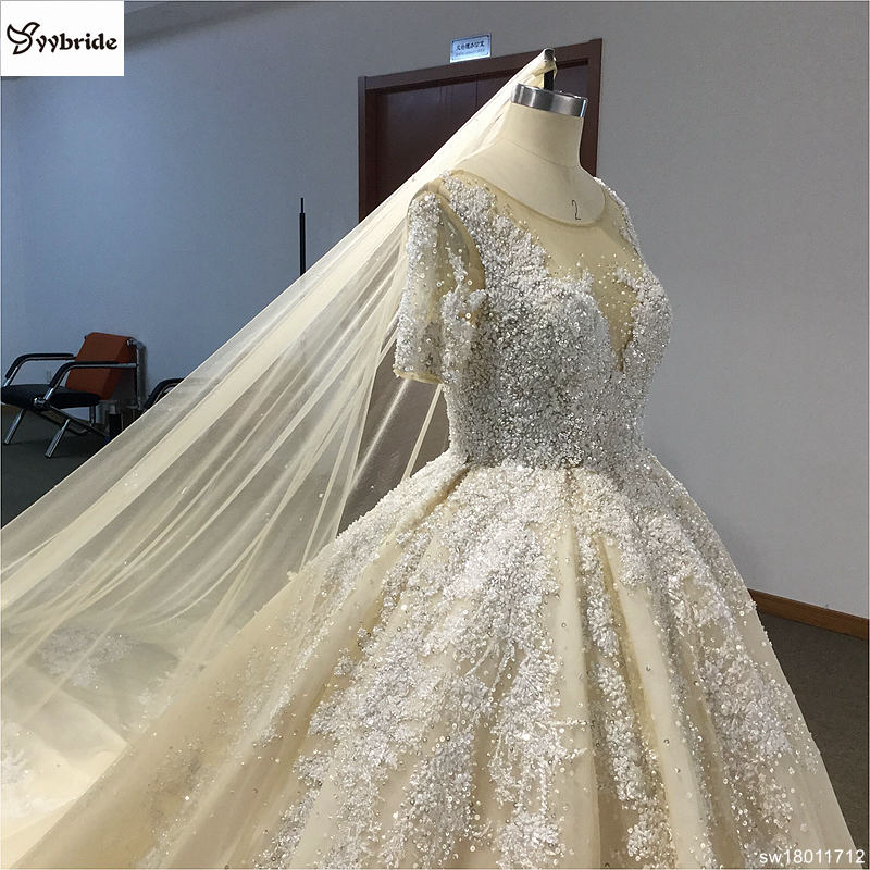 sw18011712-15  Surmount Design Elegant Lace Wedding Dresses Scoop Neck Long Sleeves Vintage Wedding Gown Floor Length Royal Train Wedding Dress HTB1WLwDonvI8KJjSspjq6AgjXXaM