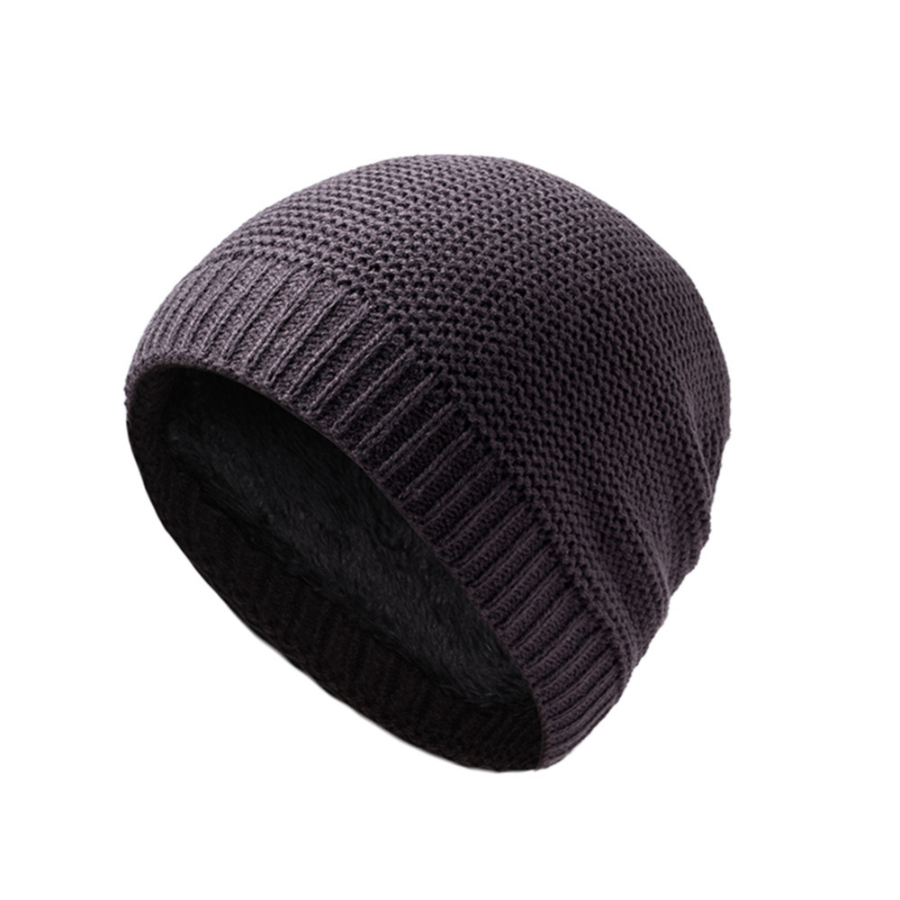 Winter Thicken Skiing Cap Cover Ears Keep Head Warmer Skiing Snowboarding  Riding Multicolor Cationic Beanie Sports Hat -in Hiking Caps from Sports ... 4005b5bdfe0a